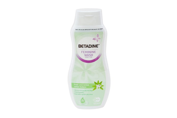 Dung dịch vệ sinh phụ nữ Betadine Feminine Wash Fresh-Active Lemon (xanh) chai 100ml